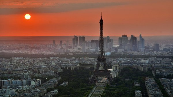 Online Guided Tour in Paris